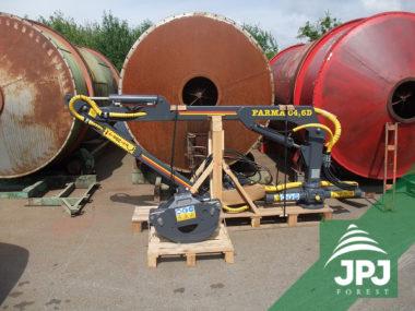 Hydraulická ruka FARMA C 4,6D dodaná pre stacionárne použitie